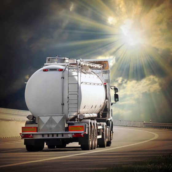 cargo tank truck