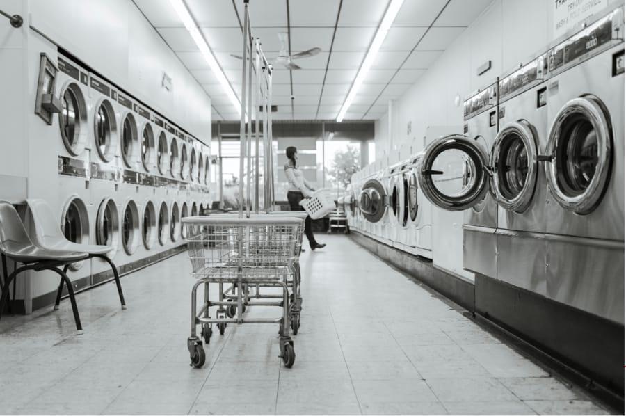 truckers laundromat